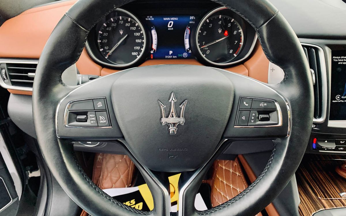 Maserati Levante S-Luxury 2017 фото №16