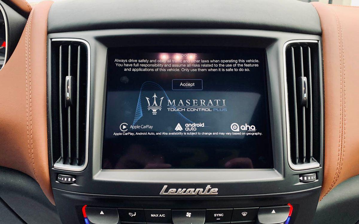 Maserati Levante S-Luxury 2017 фото №17