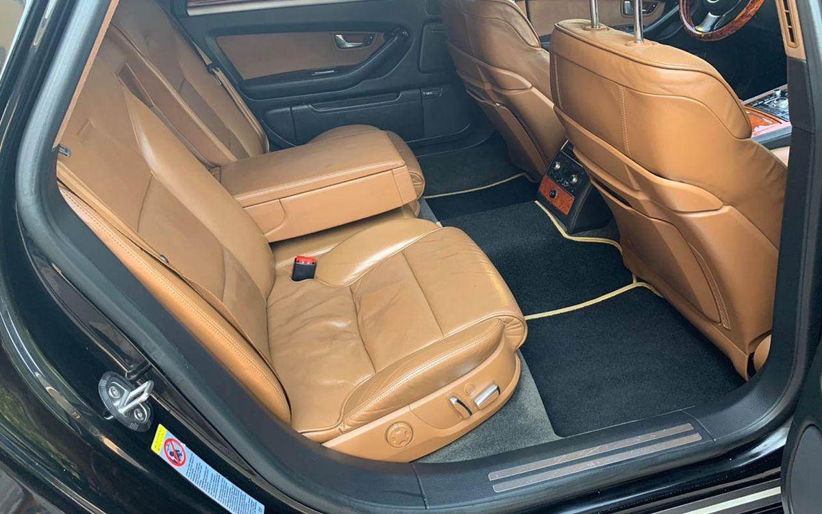 Audi A8 2005 фото №15