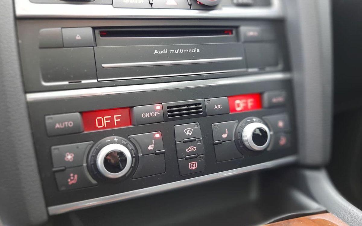 Audi Q7 2015 фото №14