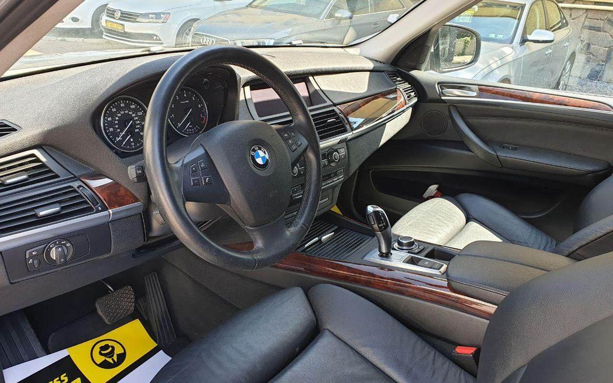BMW X5 2013 фото №11
