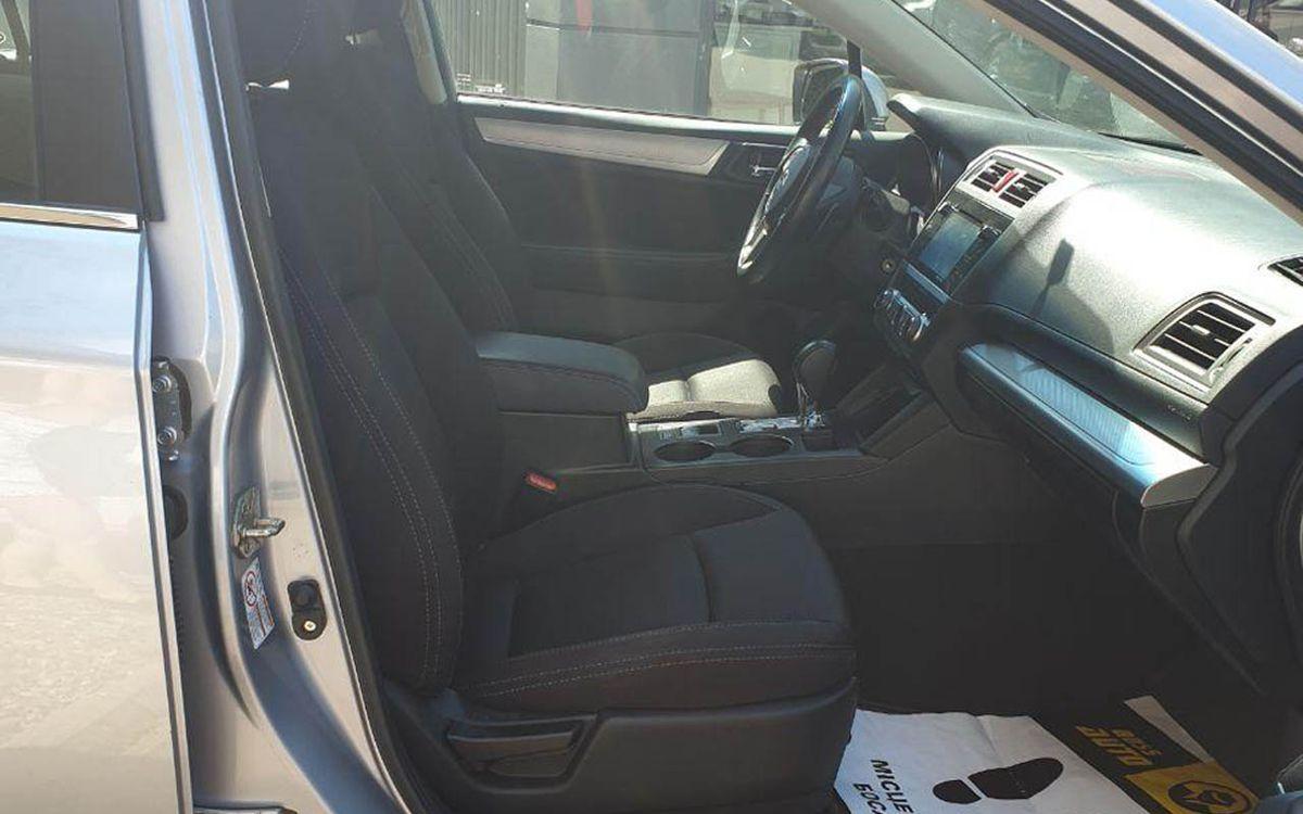 Subaru Legacy 2015 фото №10