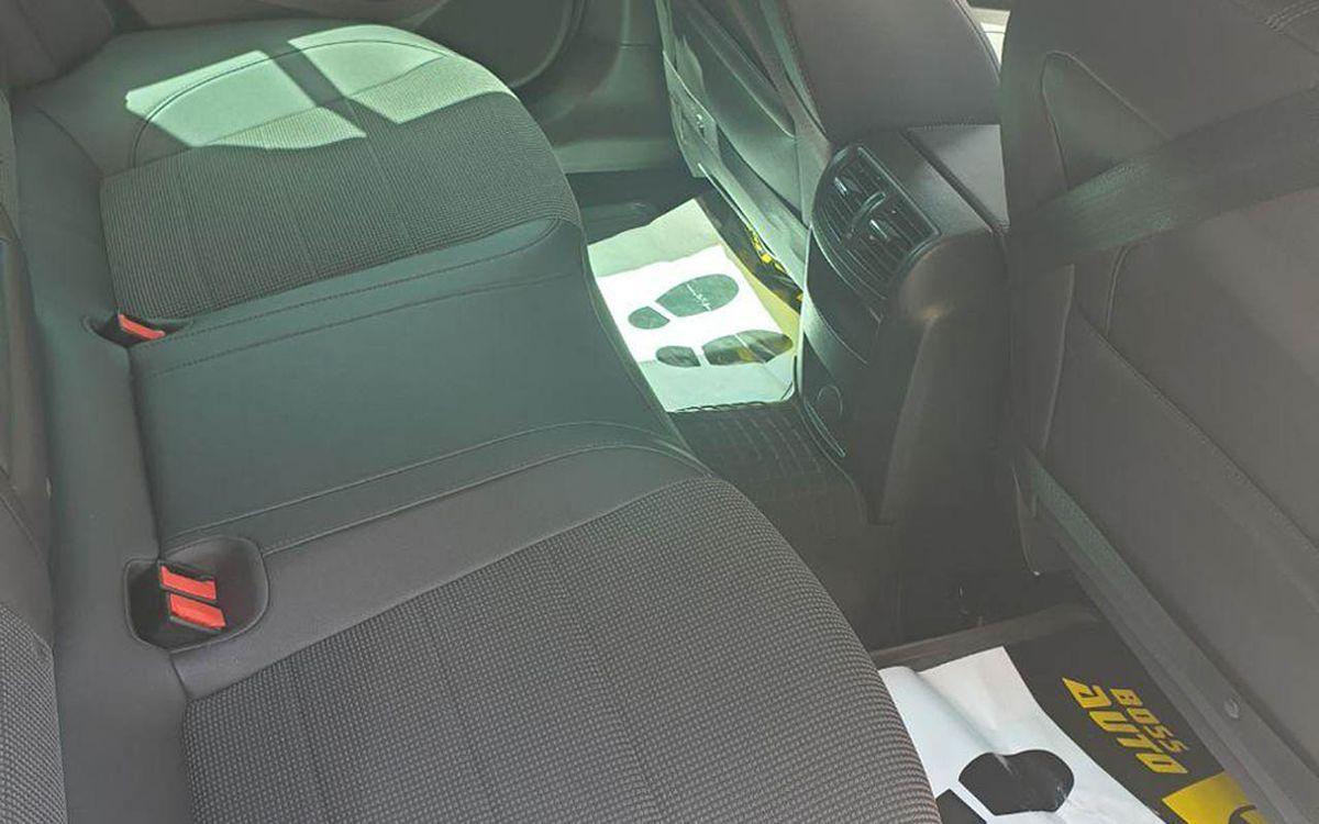 Opel Insignia 2011 фото №12