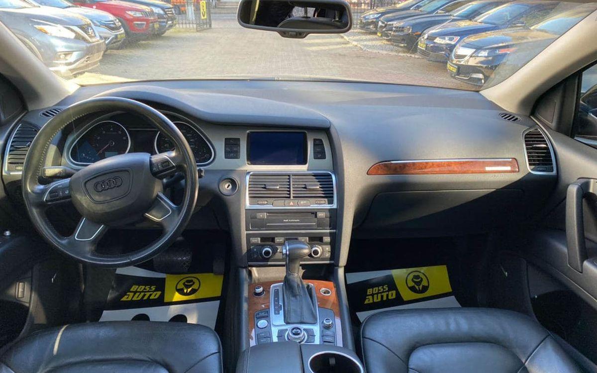 Audi Q7 2015 фото №11