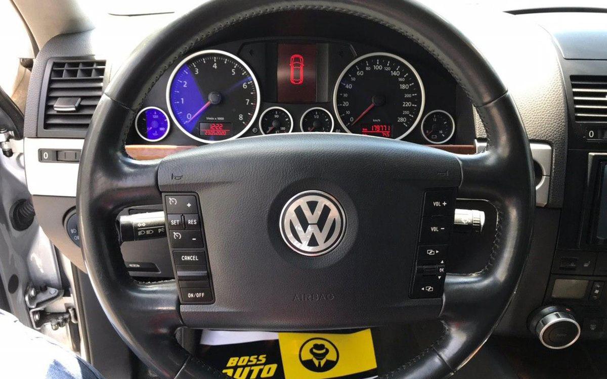 Volkswagen Touareg 2008 фото №16