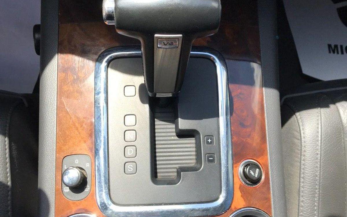 Volkswagen Touareg 2008 фото №18