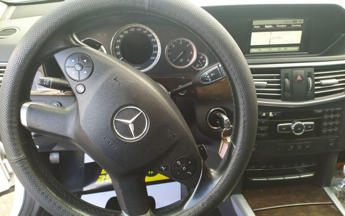 Mercedes-Benz E 200 2012 фото №11