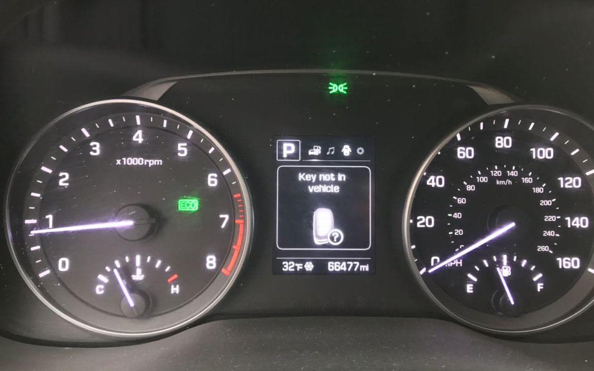 Hyundai Elantra SE 2017 фото №19