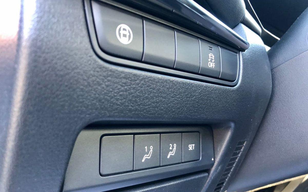Mazda 3 2019 фото №13