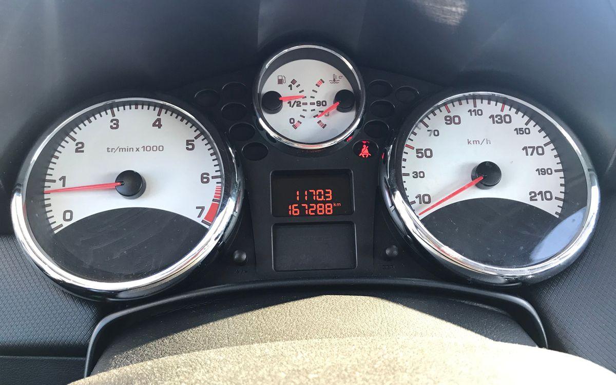 Peugeot 207 Cabrio 2010 фото №12
