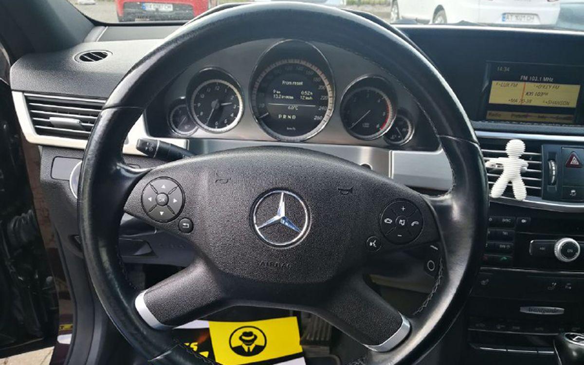 Mercedes-Benz E 220 CDI 2009 фото №17