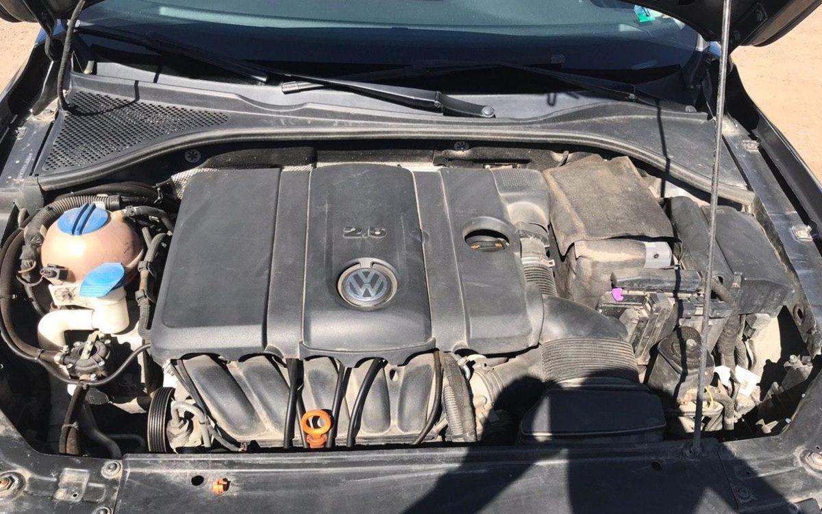 Volkswagen Passat SE 2012 фото №19