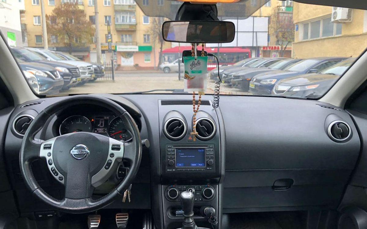 Nissan Qashqai 2011 фото №11