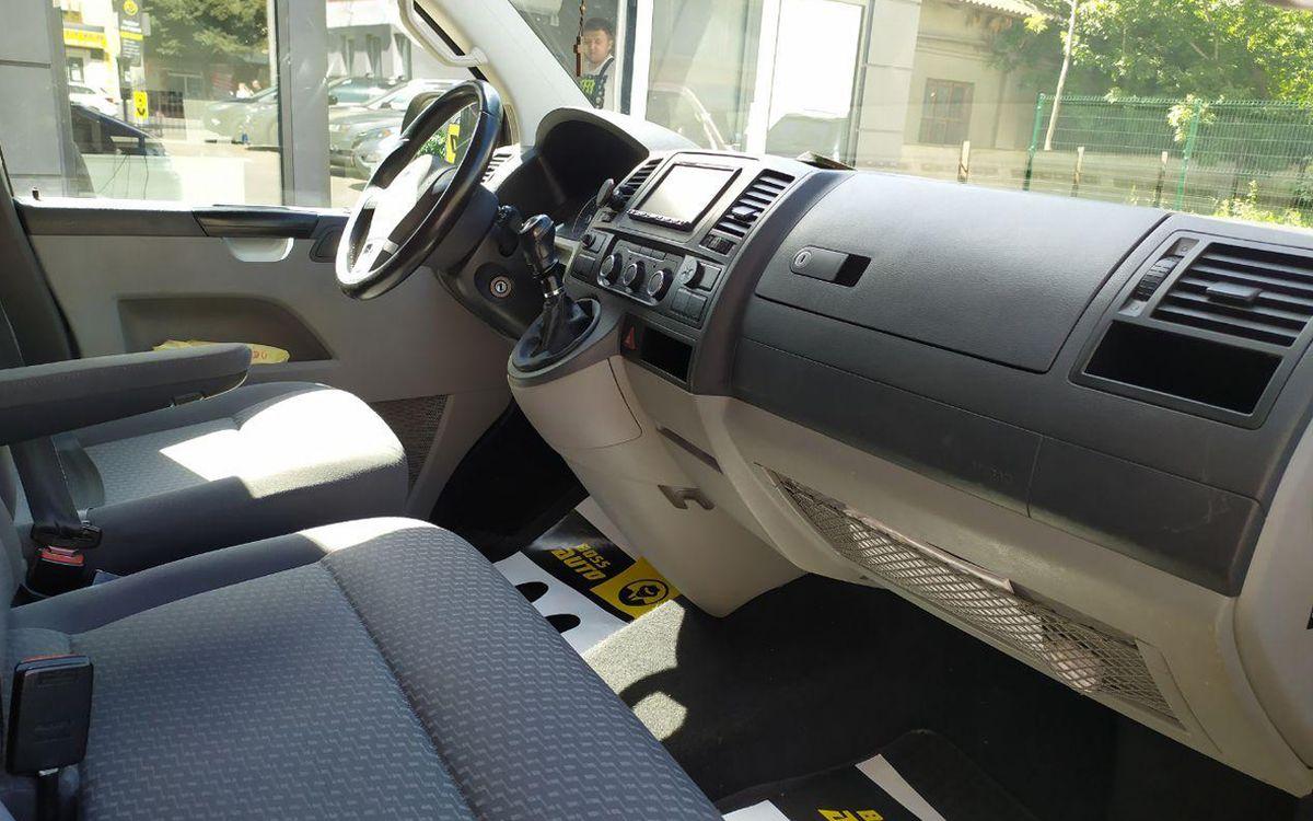 Volkswagen T5 2011 фото №15