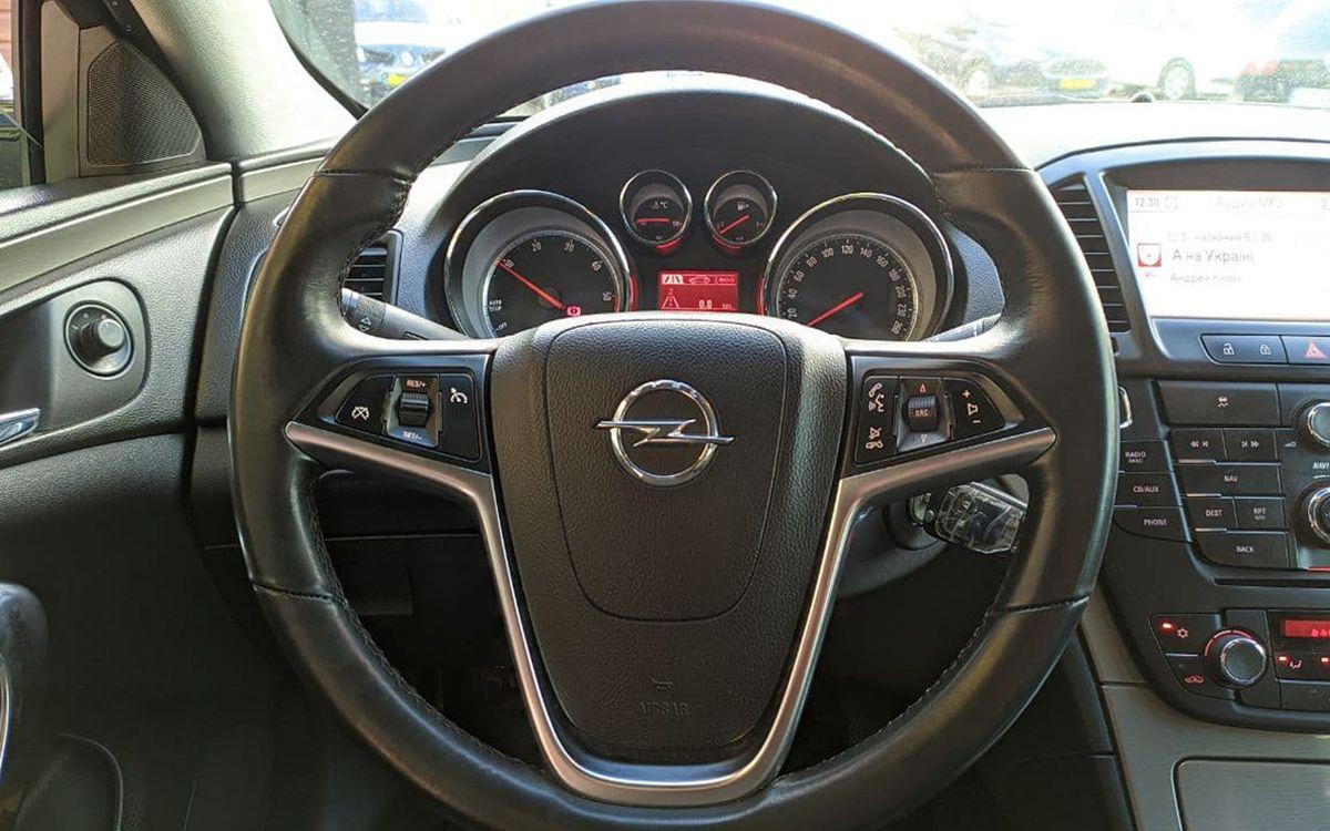 Opel Insignia 2013 фото №18