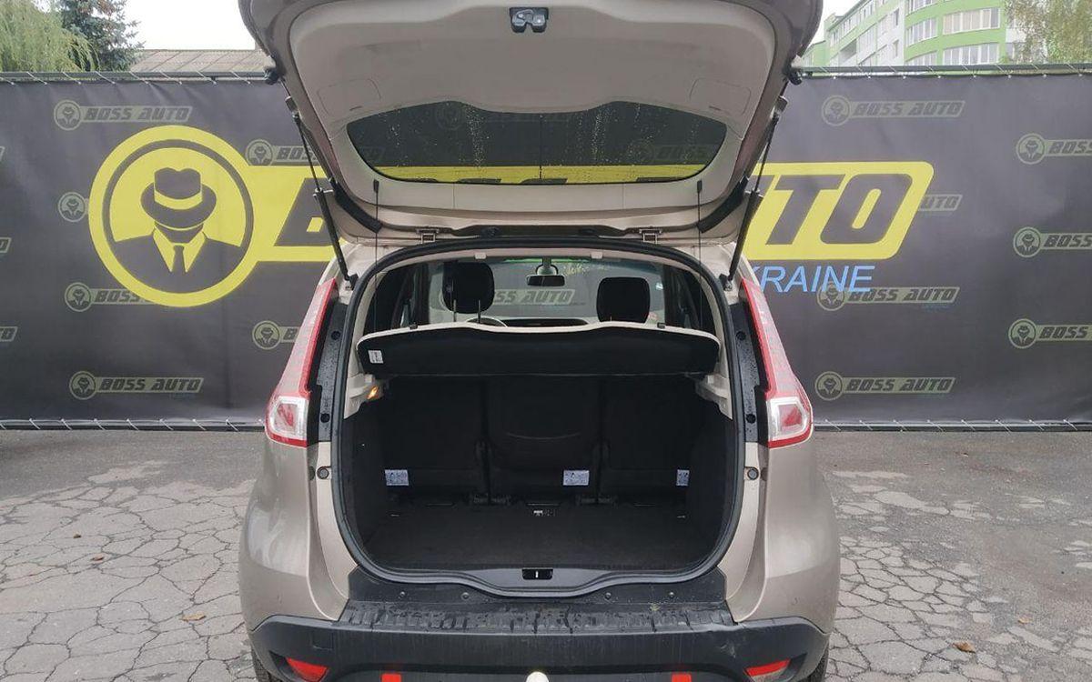 Renault Scenic 2011 фото №16
