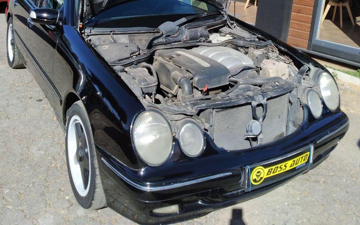 Mercedes-Benz E 220 2000 фото №18