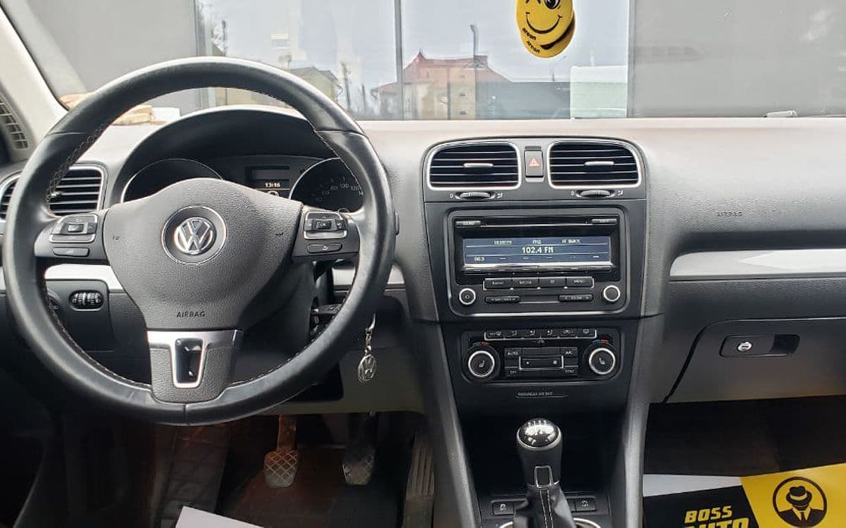Volkswagen Golf 2012 фото №11