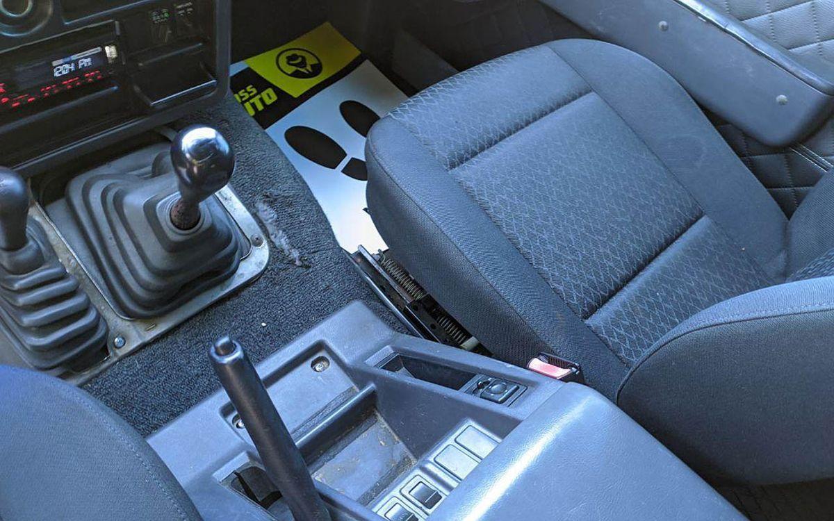 Nissan Patrol 1992 фото №14