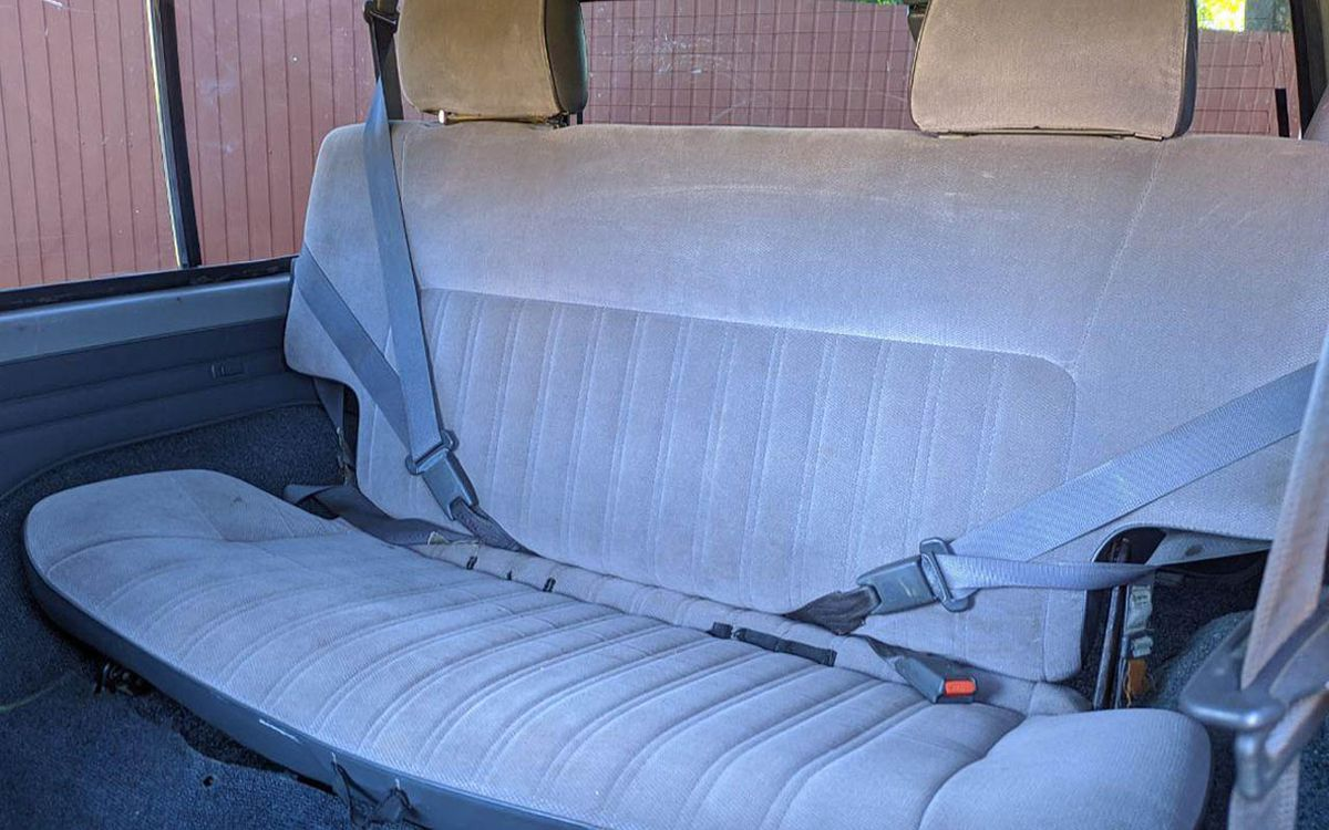 Nissan Patrol 1992 фото №17