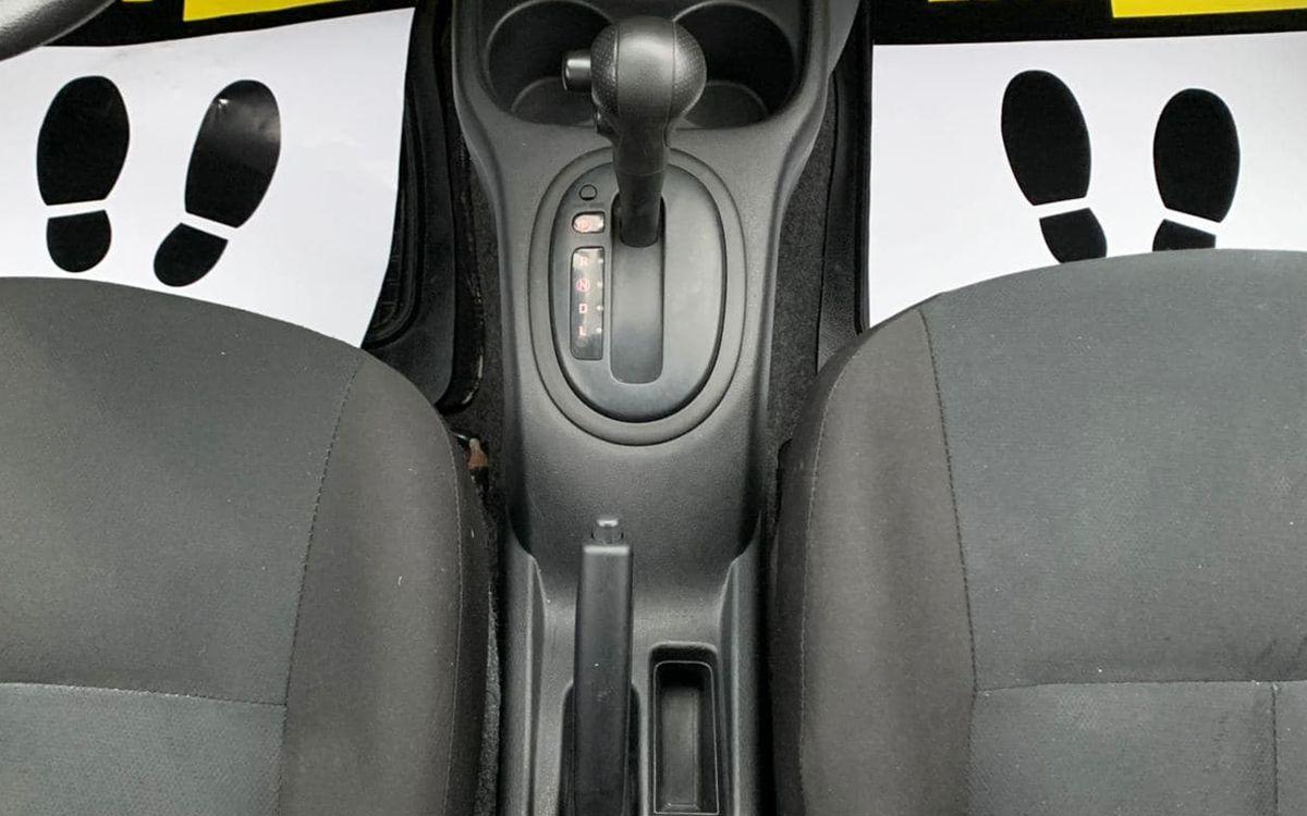 Nissan Versa 2014 фото №12