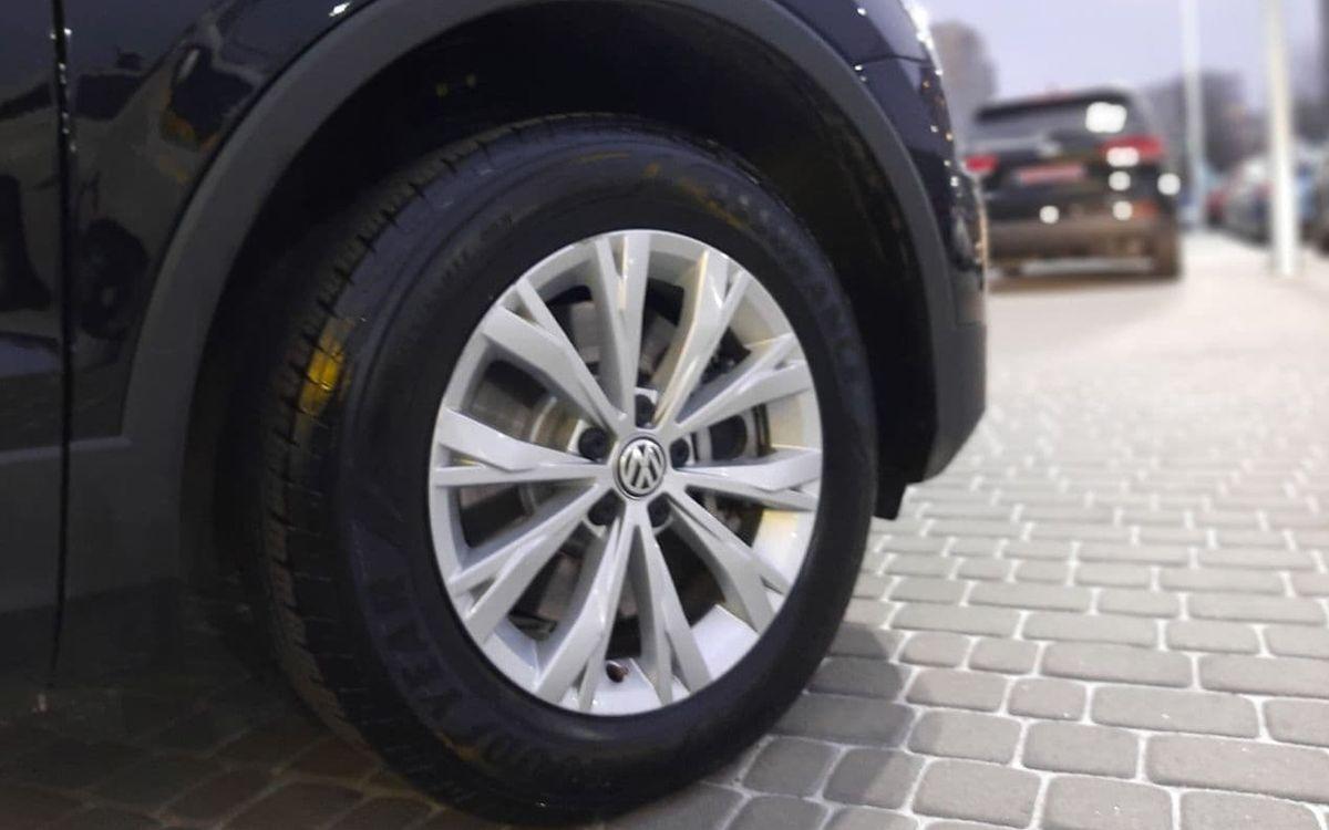 Volkswagen Tiguan S 2019 фото №20