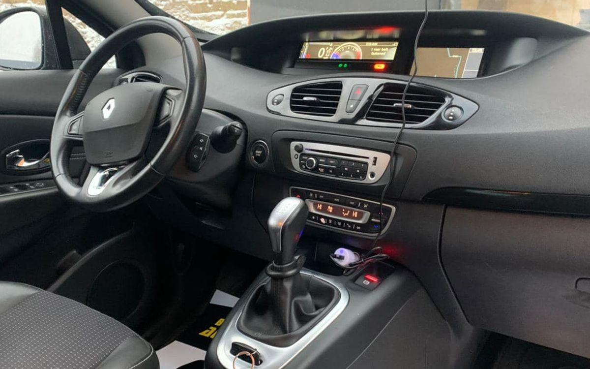 Renault Scenic 2014 фото №13
