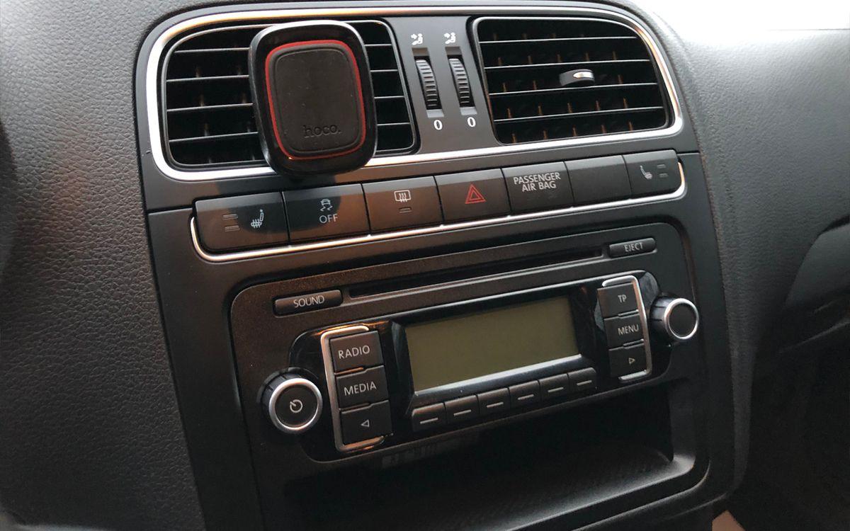 Volkswagen Polo 2011 фото №11