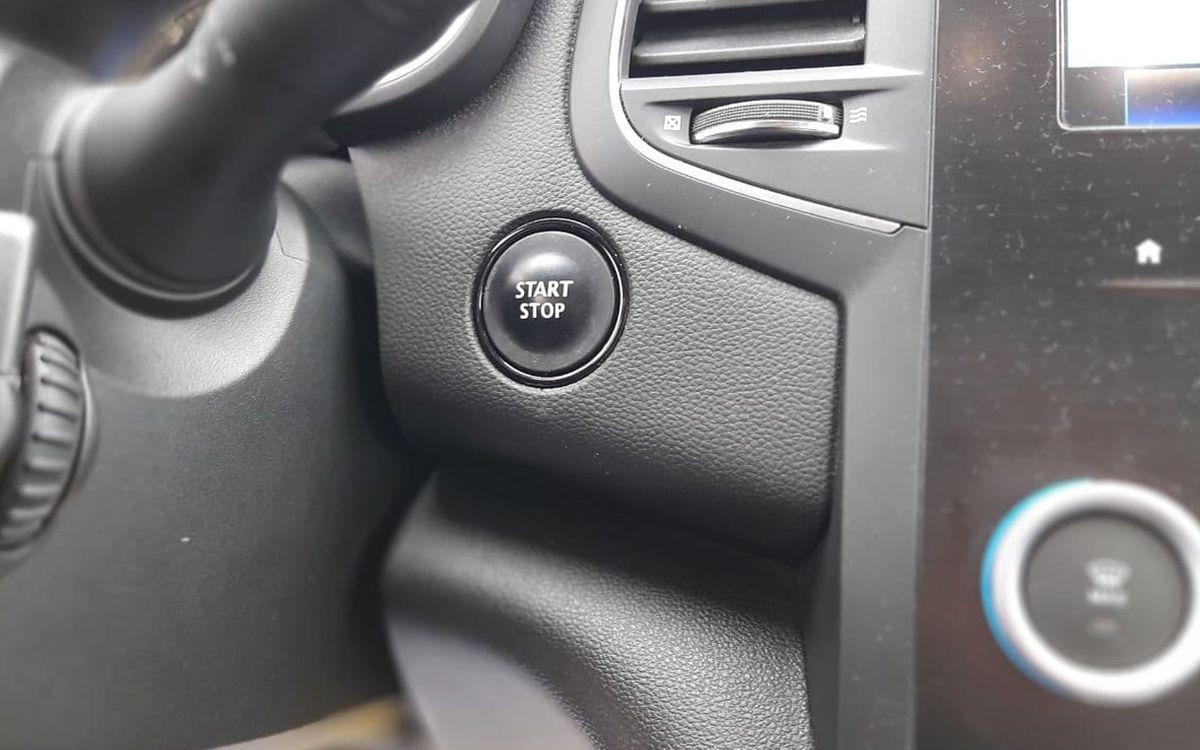 Renault Megane 2017 фото №18