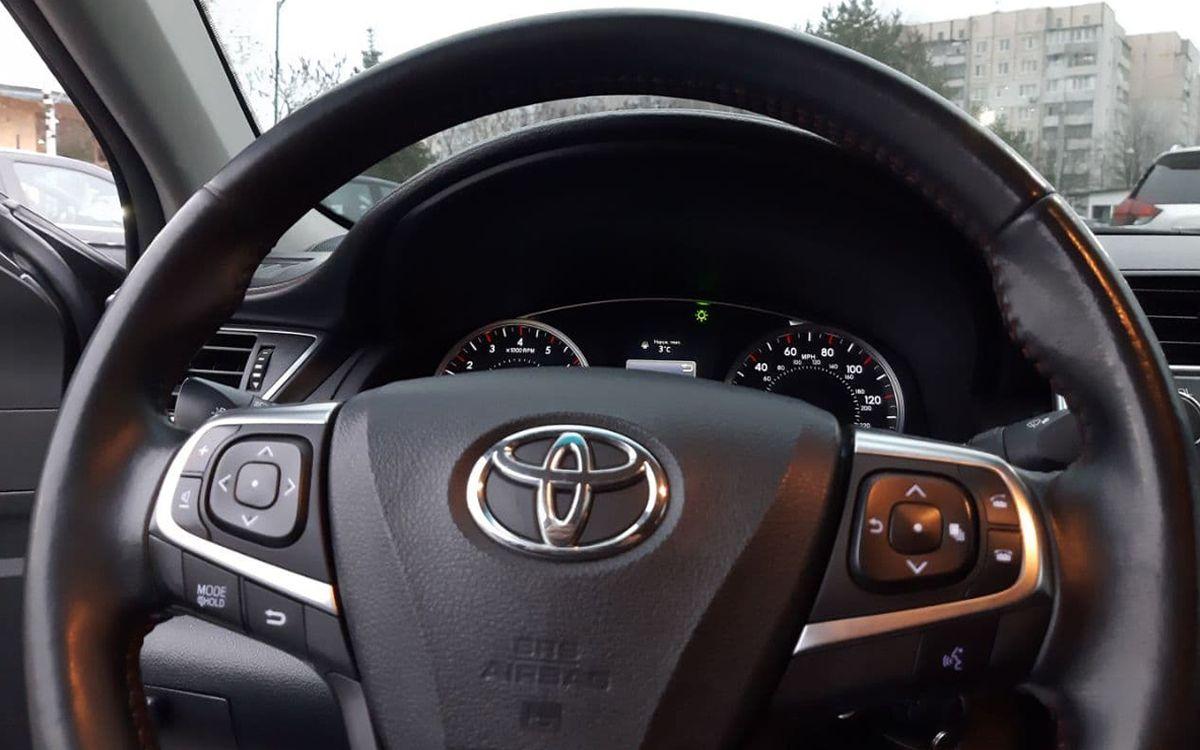 Toyota Camry 2015 фото №16