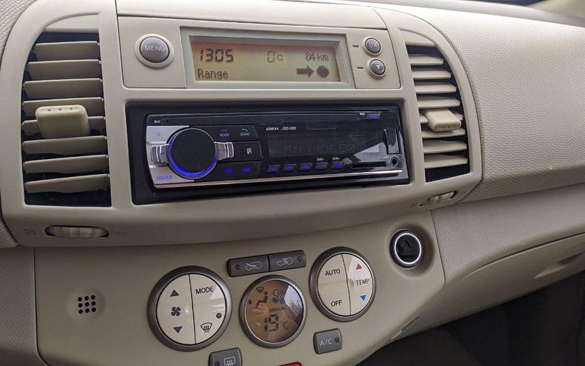 Nissan Micra 2003 фото №13