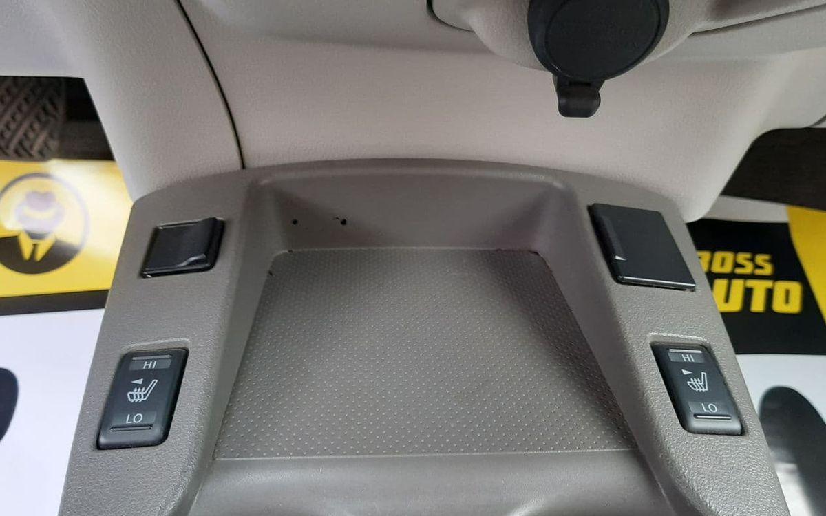 Nissan Leaf 2012 фото №11