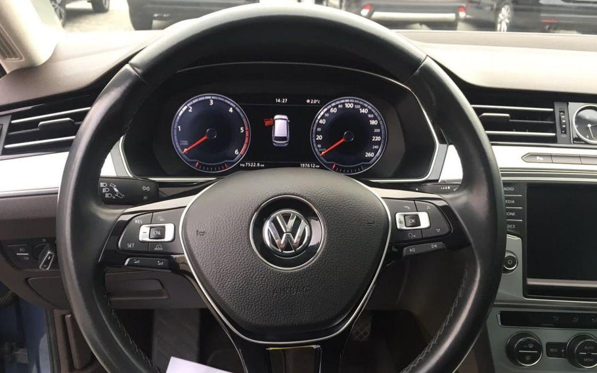 Volkswagen Passat 2015 фото №13
