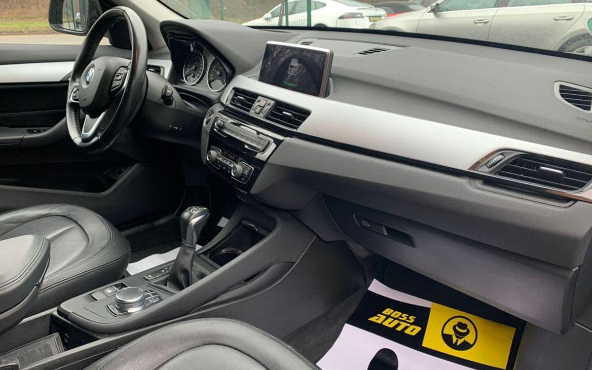 BMW X1 2016 фото №12