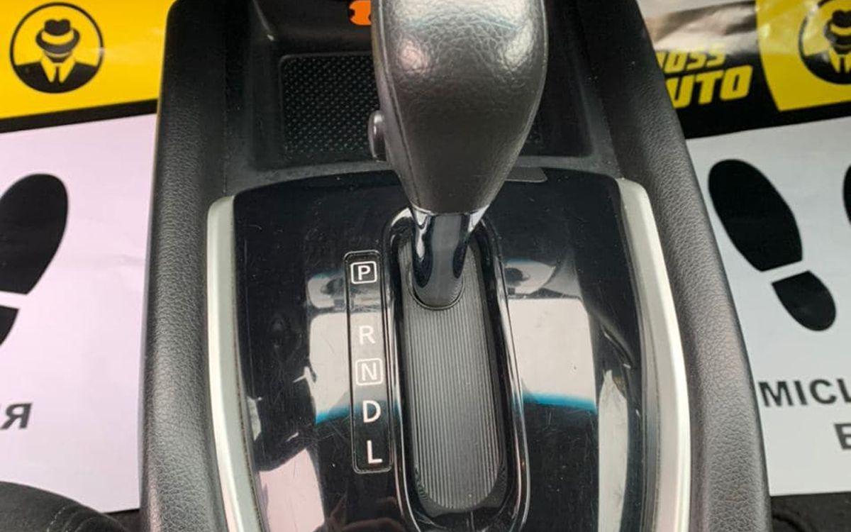 Nissan Rogue 2016 фото №12
