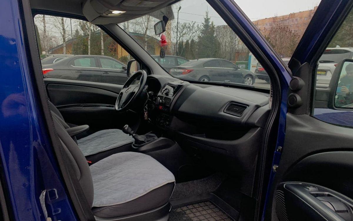 Opel Combo 2012 фото №14