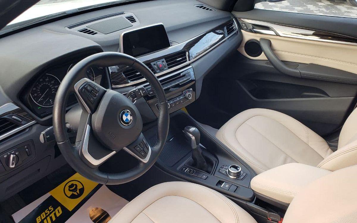 BMW X1 2017 фото №8