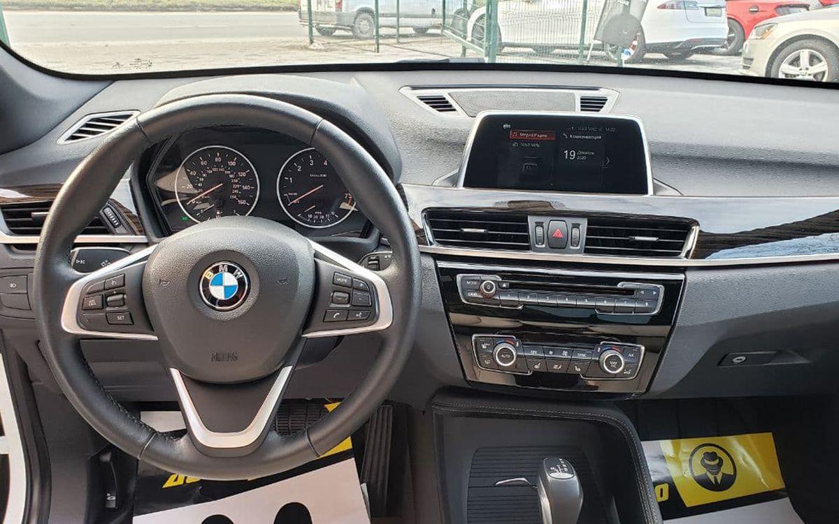 BMW X1 2017 фото №9
