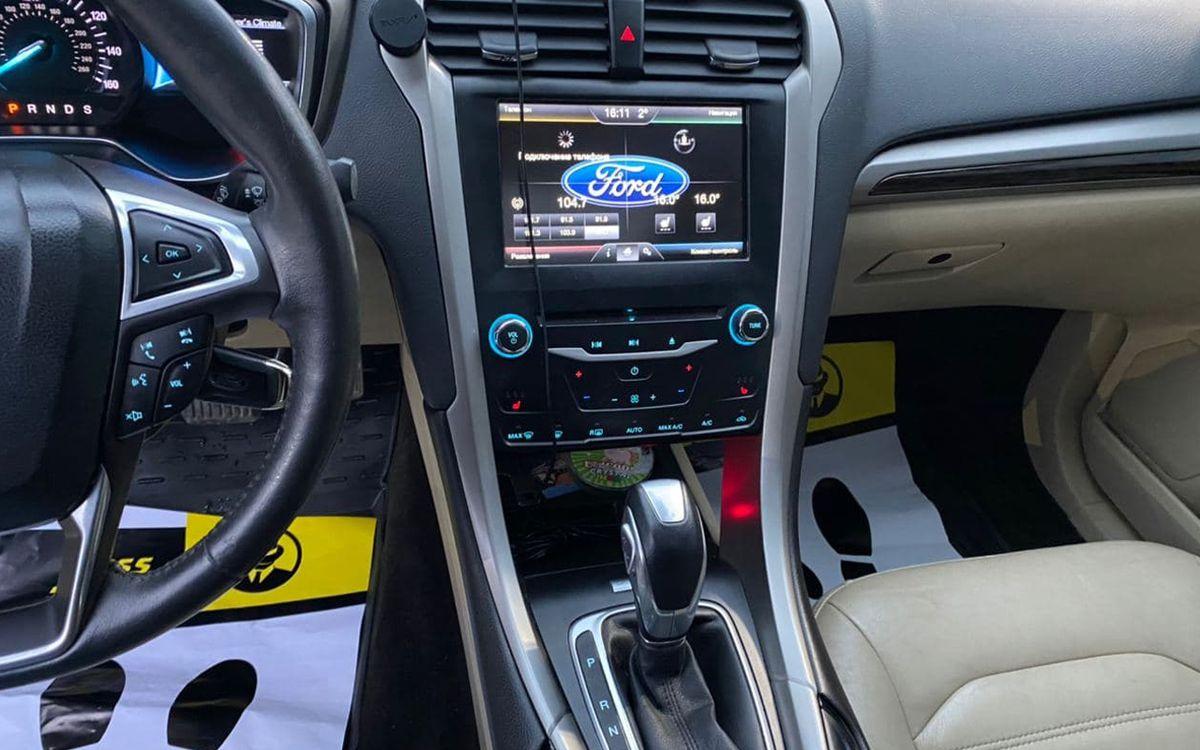 Ford Fusion 2014 фото №10