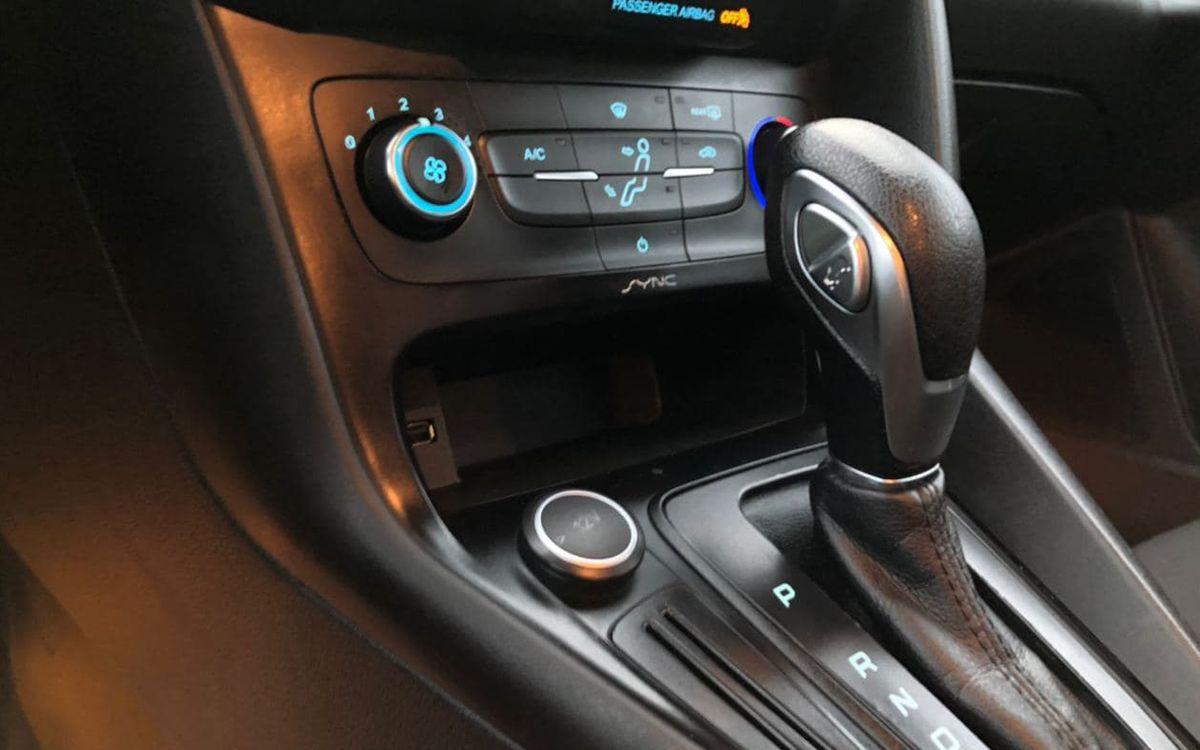 Ford Focus 2017 фото №10