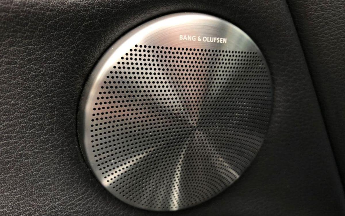 Audi Q7 2012 фото №15