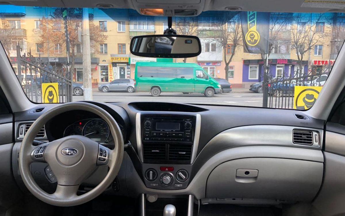 Subaru Forester 2010 фото №15