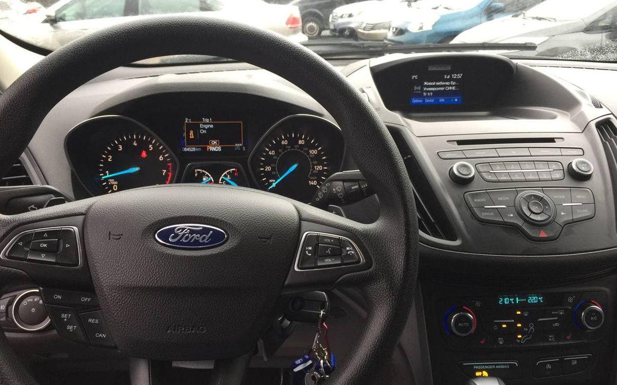 Ford Escape 2016 фото №8