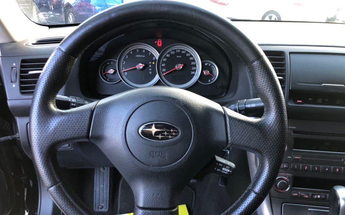 Subaru Legacy 2005 фото №8