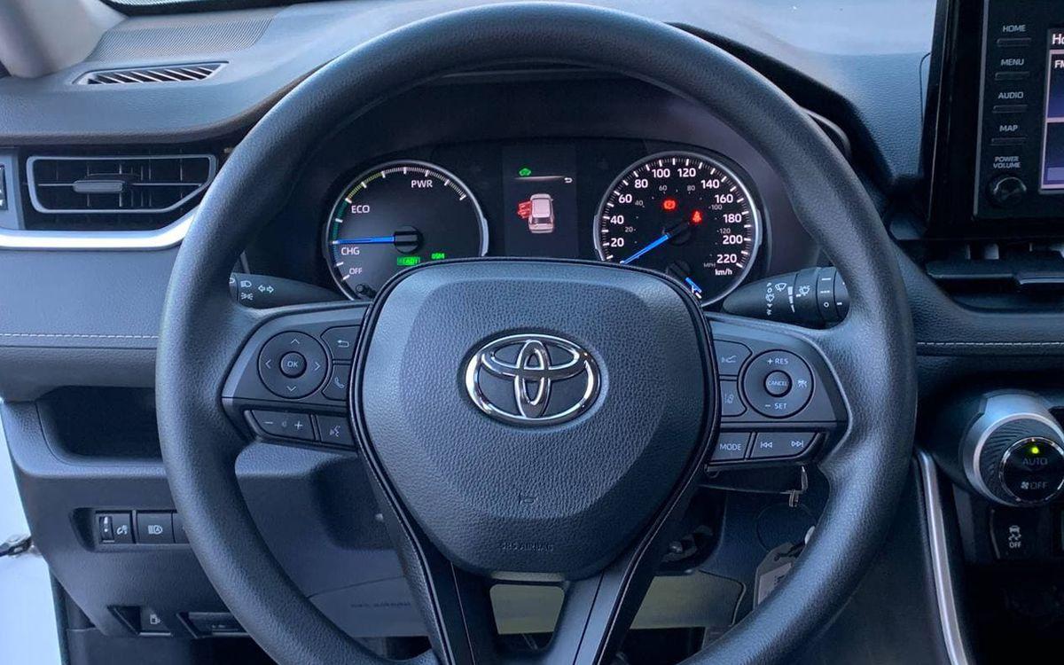 Toyota RAV4 2019 фото №15