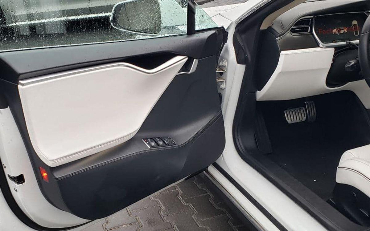 Tesla Model S P85+ 2014 фото №9