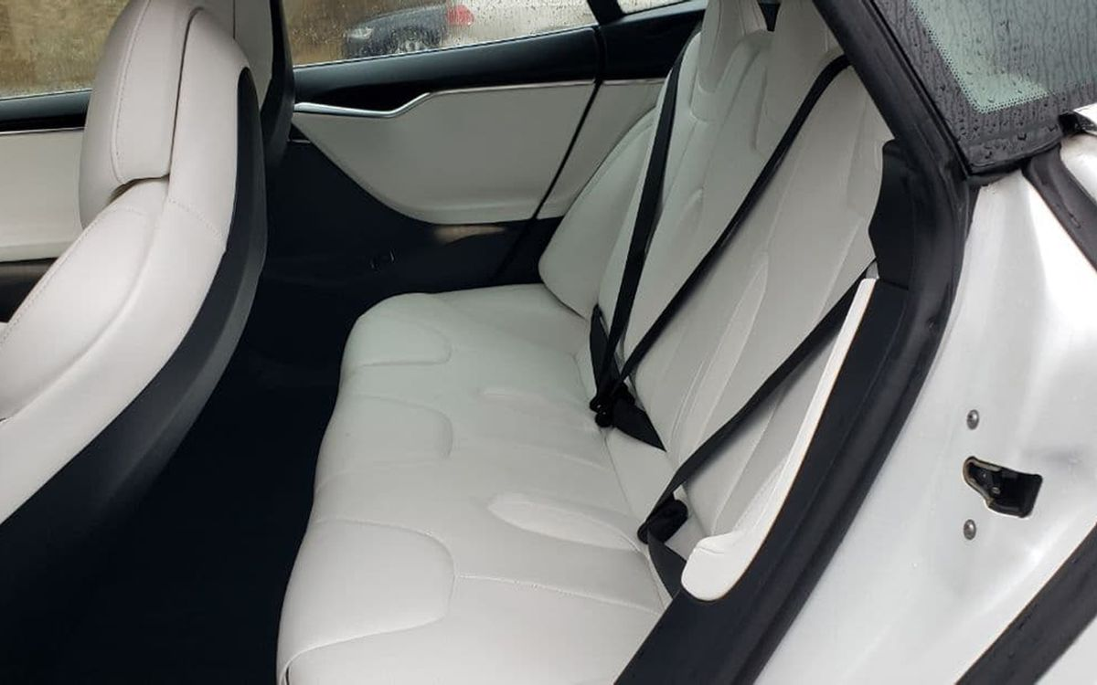 Tesla Model S P85+ 2014 фото №11