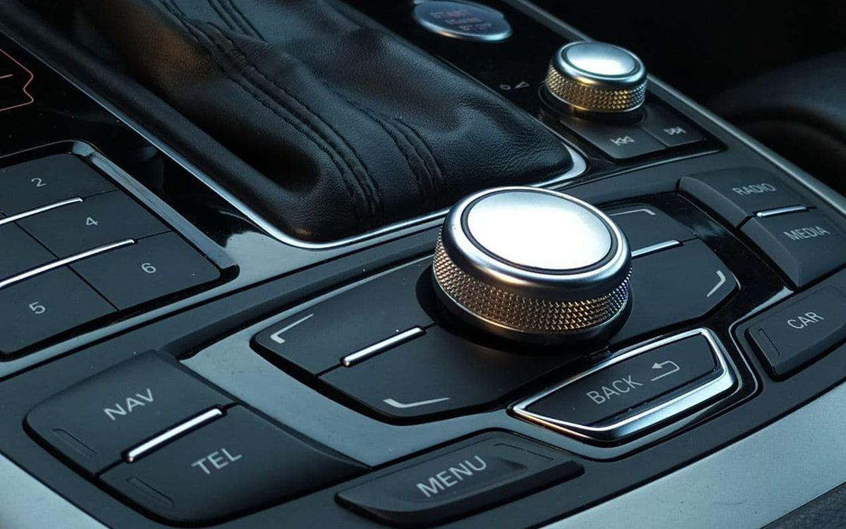 Audi A6 PRESTIGE 2012 фото №16