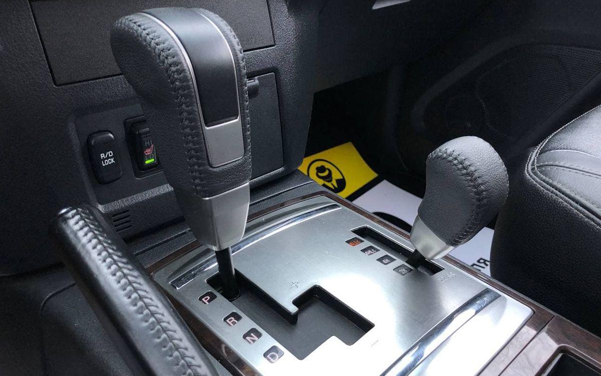 Mitsubishi Pajero 2014 фото №15