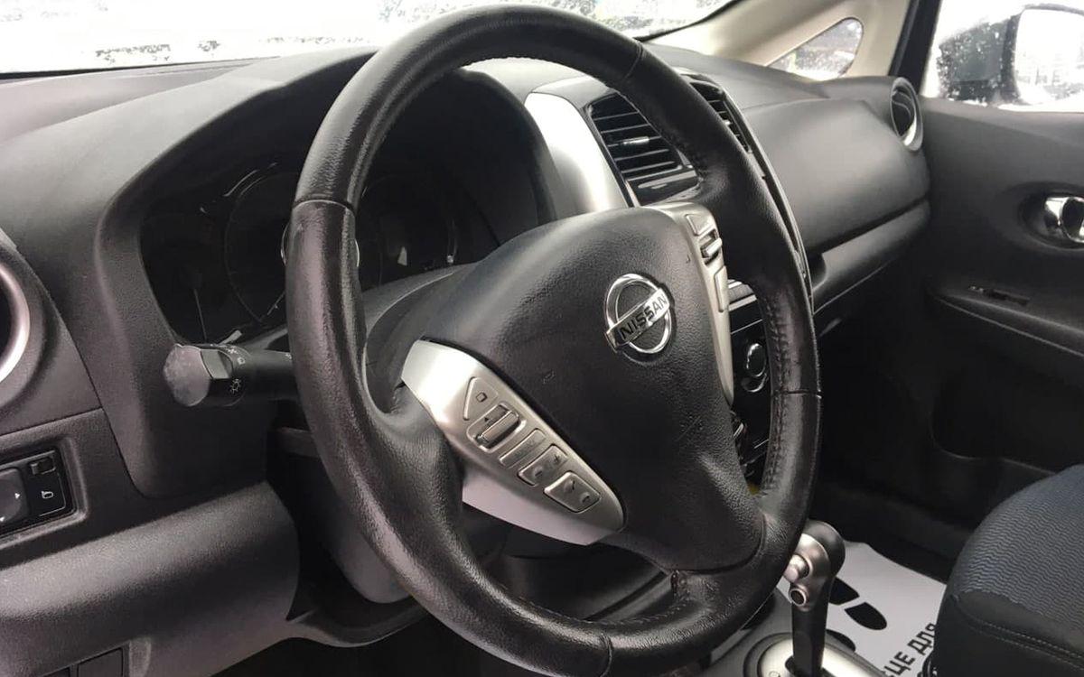 Nissan Versa SV 2016 фото №15